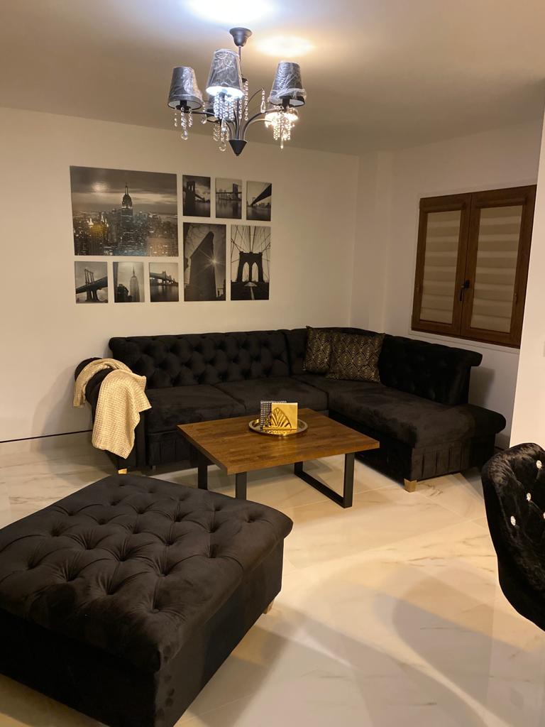 Apartment Calle Maestro Parada